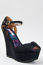 Black-bow-mary-jane-qupid-wedges