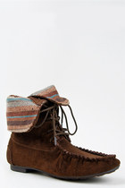 Dark-brown-shoelace-bootie-madden-girl-boots