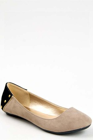 beige studded falts Qupid flats