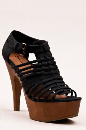 black platform buckle Qupid sandals