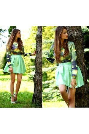 green KokoSWAG blouse