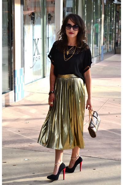 dark khaki thrifted vintage skirt - black Forever 21 blouse