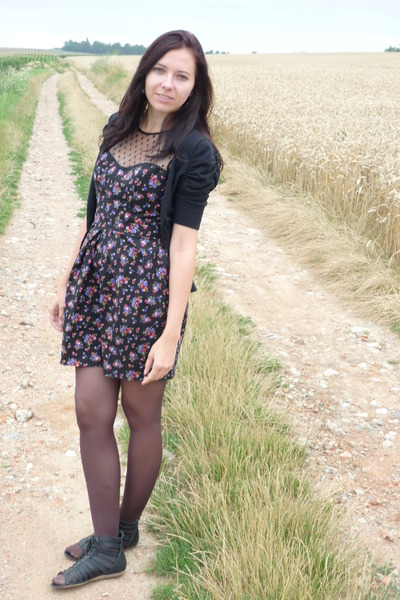 black floral Atmosphere dress - black sweater - puce tights - black sandals
