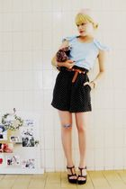 black vintage shorts - black Renner shoes - brown vintage belt - blue Laysa Rosa