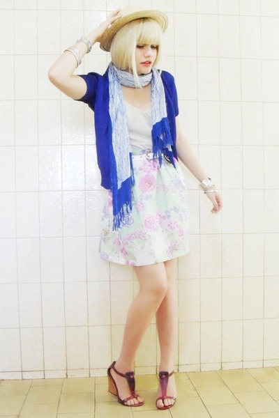 blue I C B cardigan - purple Arezzo shoes - green Laysa Rosa skirt