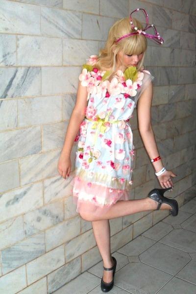 pink Laysa Rosa dress - gray Riachuelo shoes - pink Laysa Rosa accessories