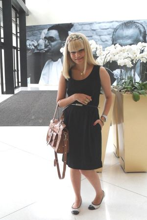 black vintage dress - brown Brs purse - black Victor Hugo belt - Laysa Rosa acce