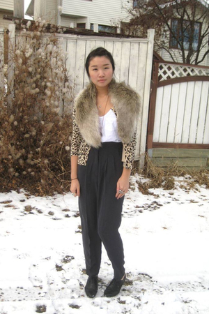 H&M scarf - Forever21 sweater - pants