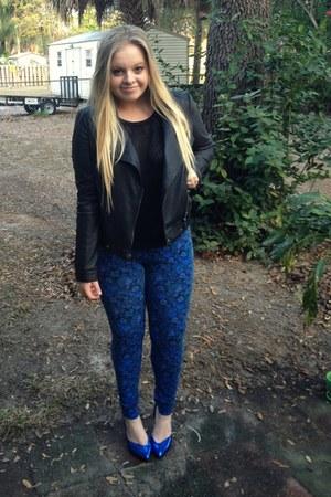 blue floral LC Lauren Conrad leggings - black leather elle jacket