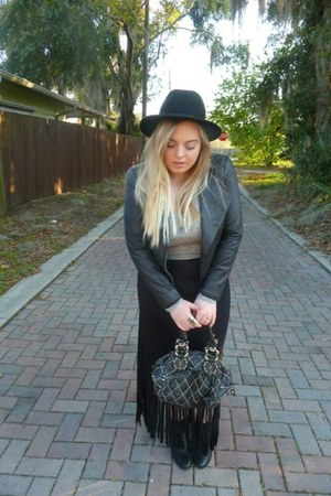 black Juicy Couture bag - black ankle Topshop boots - black Urban Outfitters hat