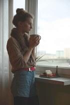 bronze vintage sweatshirt - hot pink Versace for H&M belt