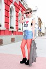 Ivory-i-love-london-shirt-red-dotted-tights-sky-blue-jeans-shorts-dark-bro