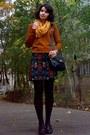 Forest-green-blazer-burnt-orange-sweater