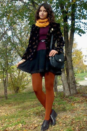 black dress - maroon sweater - black thrifted blazer - burnt orange tights