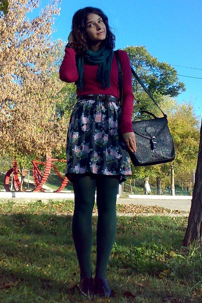 army green floral skirt - dark green tights - forest green scarf