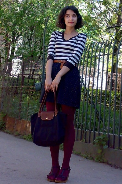 black longchamp bag - dark brown H&M sweater - maroon tights