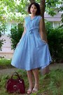 Blue-plaid-midi-vintage-dress-crimson-vintage-purse-neutral-leather-wedges
