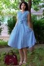 Blue-plaid-midi-vintage-dress-crimson-vintage-purse-neutral-leather-wedges