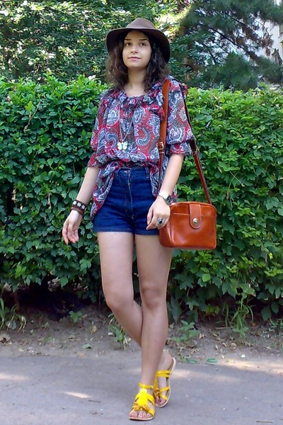 brown thrifted hat - tawny thrifted purse - navy high waisted thrifted shorts
