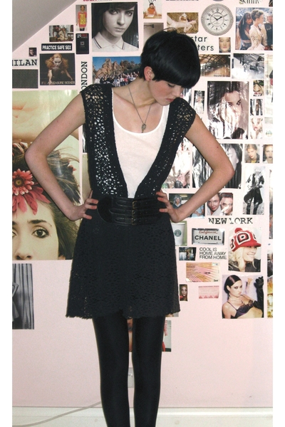 vintage top - H&M vest - Topshop leggings - factory outlet belt - handmade acces