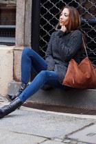 black Hugo Boss boots - blue Zara jeans - dark gray gsus sweater