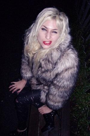 H&M Trend fake fur coat - H&M belt - etsycomsellerfrabjousfrocks pants - Colin S