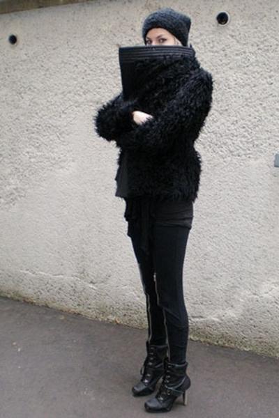 H&M hat - Etsy jacket - Ebay pants - UrbanOG shoes