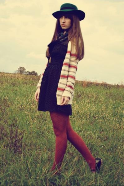 orange Nordstrom tights - black UO shoes - black Forever 21 dress