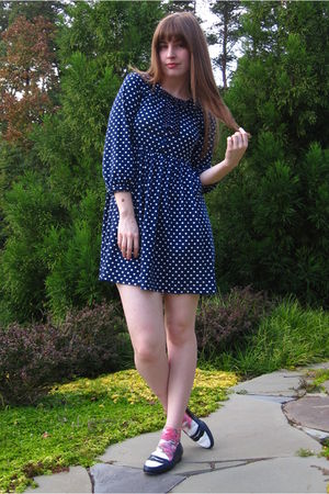 blue Zara dress - blue thrifted shoes - white H&M socks - blue vintage tie