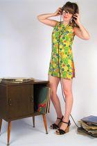 green vintage 1960s dress