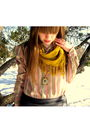 Gray-forever-21-skirt-pink-vintage-shirt-gold-thrifted-scarf-gold-vintage-
