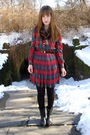 Red-thrifted-vintage-dress-brown-vintage-accessories-black-thrifted-boots-