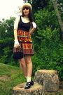 Black-modcloth-dress-gold-vintage-blouse-brown-frye-boots-brown-vintage-th