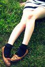 Black-thrifted-purse-black-target-socks-white-h-m-dress-brown-vintage-thri