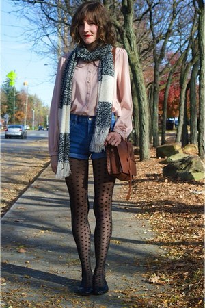 white Forever 21 scarf - black H&M tights - brown faux leather Forever 21 bag