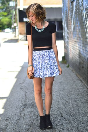 black ankle boots H&M boots - H&M skirt - light blue Forever 21 necklace