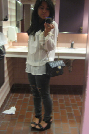Oleg Cassini shirt - True Religion pants - Chanel purse - Kenneth Cole Reaction