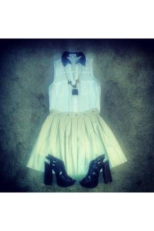 Express shirt - francescas skirt - chunky heel Bamboo heels
