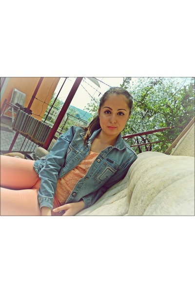 peach Zara jeans - sky blue Dolce&Gabana jacket - neutral H&M top