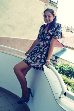 christian dior dress - H&M accessories - Chanel bracelet - Atmosphere heels
