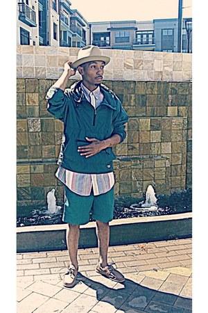 Stetson hat - forest green LL Bean jacket - Tommy Hilfiger shirt