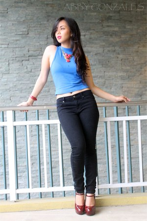 black Forever 21 jeans - blue Forever 21 top - ruby red Forever 21 heels