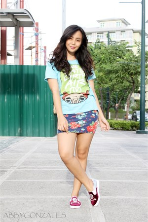 sky blue artwork top - blue Forever 21 dress - ruby red NXY sneakers