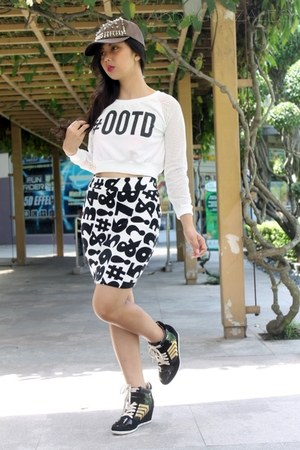 iFassion skirt - black wedge sneakers People are People sneakers