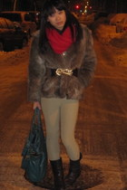 black motorcycle madewell boots - brown fur vintage coat - ruby red madewell sca