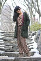 light brown seychelles boots - forest green anorak Old Navy coat - black Juicy C