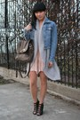 Blue-denim-jacket-triple-5-soul-jacket-light-brown-soar-justfab-bag-light-pi