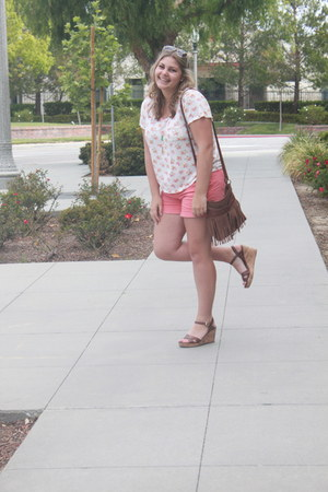 Forever21 shirt - American Eagle shorts - Charlotte Russe sunglasses