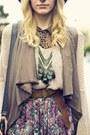Heather-gray-jemma-dolce-vita-heels-tan-oversized-knit-brandy-melville-sweater