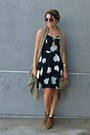Ankle-boots-marshalls-boots-floral-print-old-navy-dress